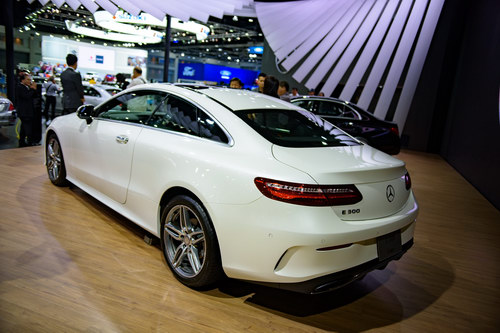 Mercedes E300 Coupe 2018 giá 3,1 tỷ đồng ở Việt Nam - 5