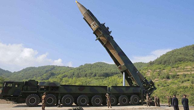 Tình báo Mỹ: Cấm vận kinh tế chẳng làm gì được Triều Tiên - ảnh 1