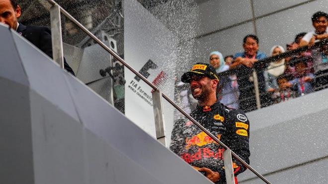 Đua xe F1: Niềm vui kép ngay trên thánh địa của kình địch 2