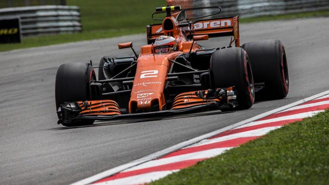 Đua xe F1: Niềm vui kép ngay trên thánh địa của kình địch 4