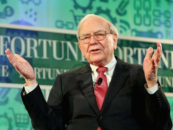 Warren Buffett không thể thành công nếu thiếu 3 người này - 2