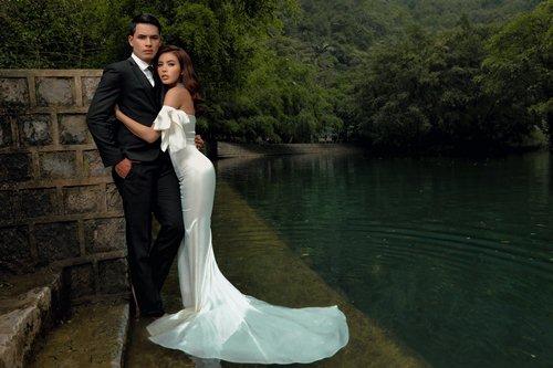 Mẫu nữ sexy nhất Việt Nam bỏ sự nghiệp theo chồng lên xe hoa? - 1