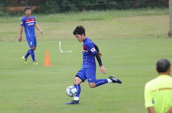 Xuân Trường nức nở khen cầu thủ kỹ thuật tốt nhất tuyển Việt Nam 12