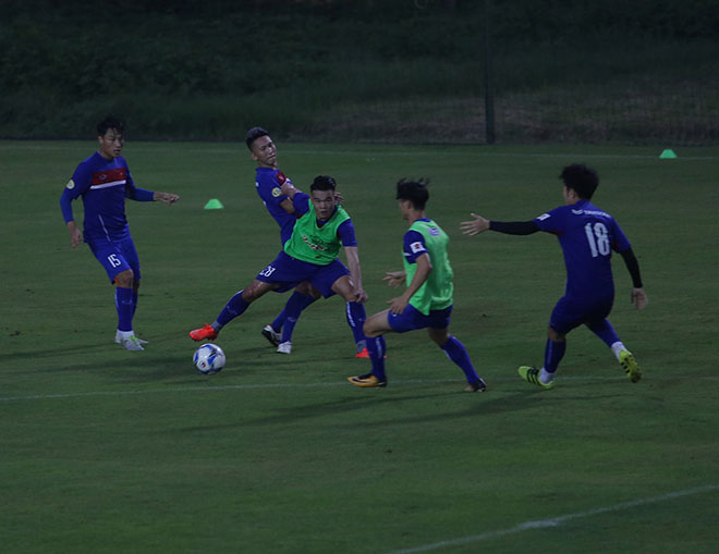 Xuân Trường nức nở khen cầu thủ kỹ thuật tốt nhất tuyển Việt Nam 6