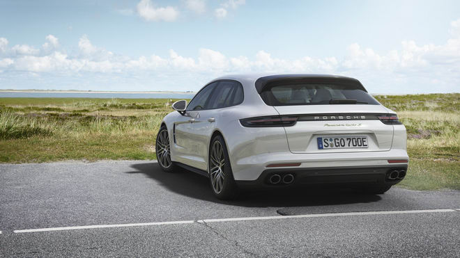Porsche Panamera hybrid tiết kiệm nhiên liệu giá 5 tỷ đồng - 2