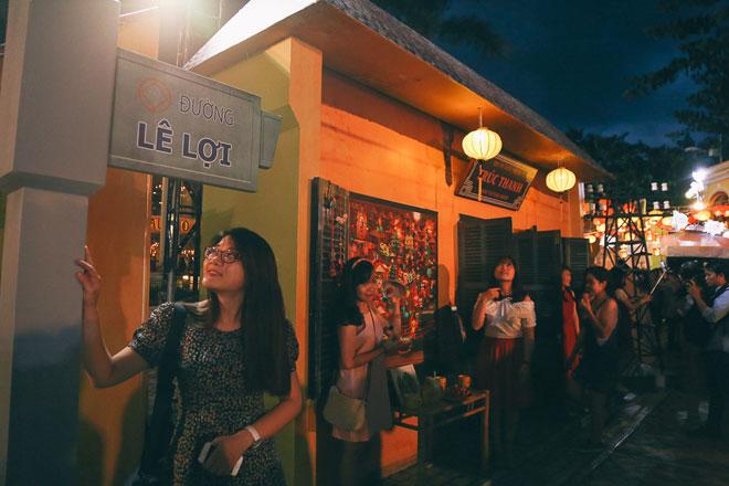 """Ngàn người đổ về """"phố cổ Hội An"""" giữa lòng Sài Gòn trước Tết Trung thu - 6"""