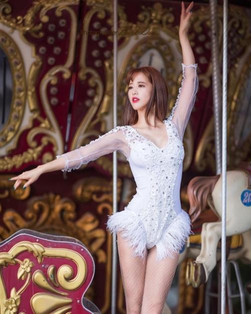 Mê mệt nàng vũ công Hàn dáng yêu kiều, kiêu sa như thiên nga - 1