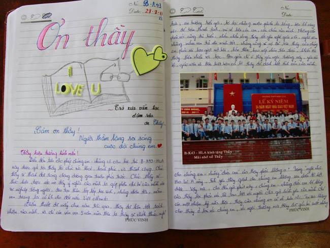 Ninh Bình: Hiệu trưởng chuyển công tác, hàng trăm học sinh xếp hàng khóc nức nở - 9