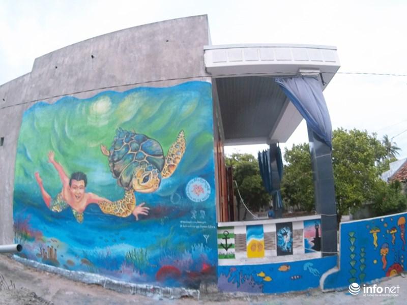 Làng bích họa đẹp mê hồn giữa thiên đường biển Lý Sơn - 12