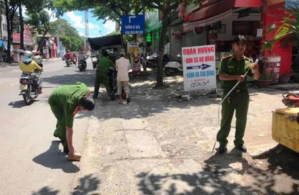 Thanh niên dùng gạch đập chết người sau va chạm giao thông - 1