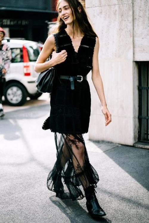 9 cách diện váy dài đẹp ngất ngây cho mùa thu - 10