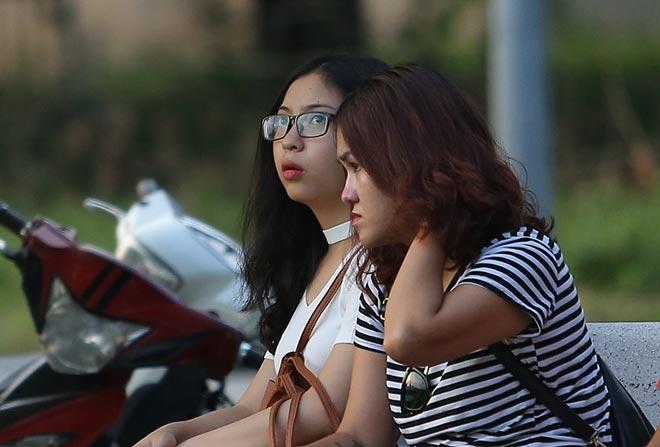Bóng hồng xinh đẹp của Quang Hải cổ vũ sao kỹ thuật tốt nhất ĐT Việt Nam 2