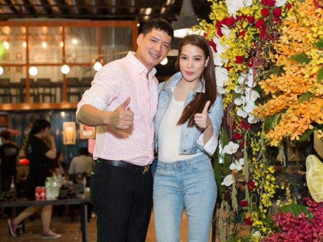 Trương Ngọc Ánh đội mưa đến chung vui cùng vợ chồng Bình Minh