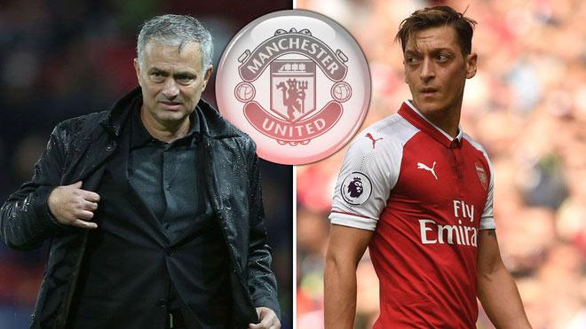 """Ozil mời gọi MU: Mourinho bối rối với """"cầu thủ độc nhất vô nhị"""""""