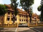 """Choáng ngợp kiến trúc tòa nhà trăm mái  """" độc nhất vô nhị """"  ở Việt Nam"""