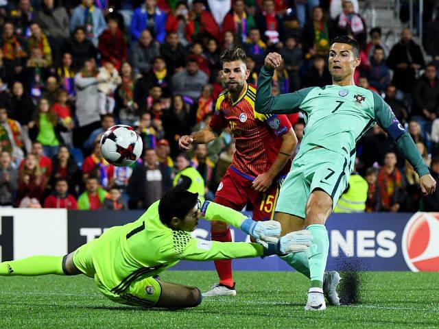 Andorra - Bồ Đào Nha: Ra chân thần tốc, Ronaldo cứu nguy