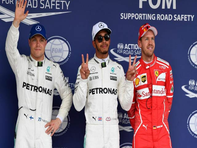 """Video đua xe F1, Japanese GP: Tự """"bắn"""" vào chân, trao quà đối thủ 1"""
