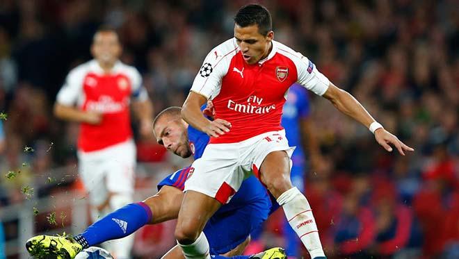 Arsenal gạ gẫm MU: Đổi Sanchez lấy Martial, triệu fan chia rẽ