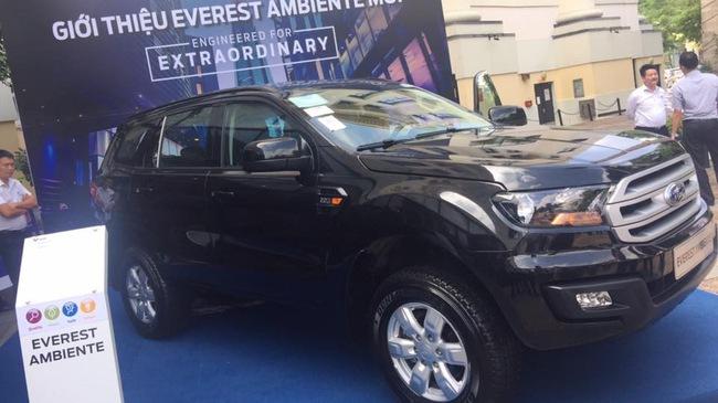Ford Everest sắp thêm bản số sàn ở Việt Nam, giá dưới 1 tỷ
