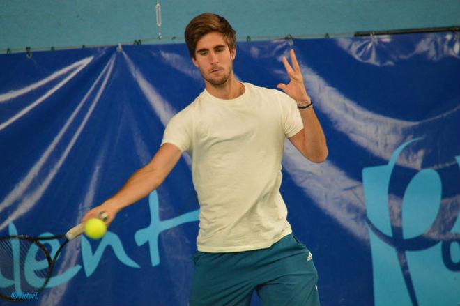 Tennis 24/7: Sharapova gặp may khó ngờ ở Thiên Tân 4
