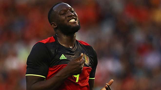 Tin HOT bóng đá sáng 10/10: Fan MU quấy rầy HLV Bỉ vì Lukaku - ảnh 1