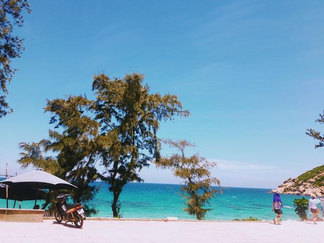 Update ngay kinh nghiệm du lịch Bình Ba ngon-bổ-rẻ để có kỳ nghỉ chất chơi - 1