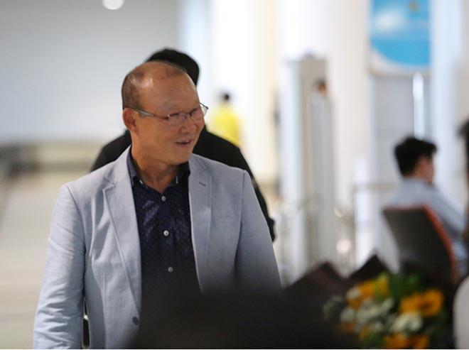 HLV Park Hang Seo lương 5 tỷ đồng/năm đến Việt Nam ngồi ghế nóng - 10