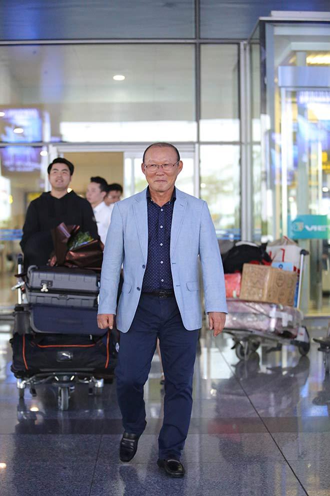 HLV Park Hang Seo lương 5 tỷ đồng/năm đến Việt Nam ngồi ghế nóng - 4
