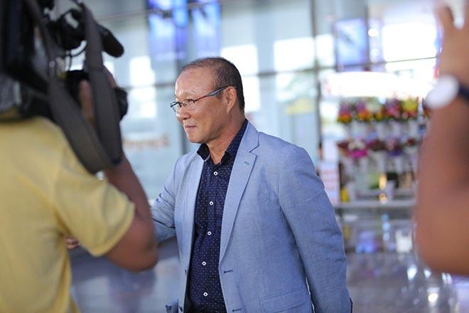 HLV Park Hang Seo lương 5 tỷ đồng/năm đến Việt Nam ngồi ghế nóng - 8