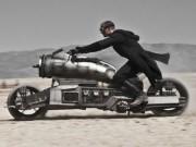 Giải mã quy trình biến Suzuki Gladius thành cỗ máy săn ma cà rồng