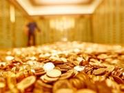 Giá vàng hôm nay (10/10): Ngoại tăng vọt, nội vẫn  bình chân