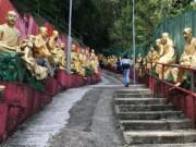Bí ẩn bên trong tu viện có hơn 12.000 bức tượng Phật mạ vàng