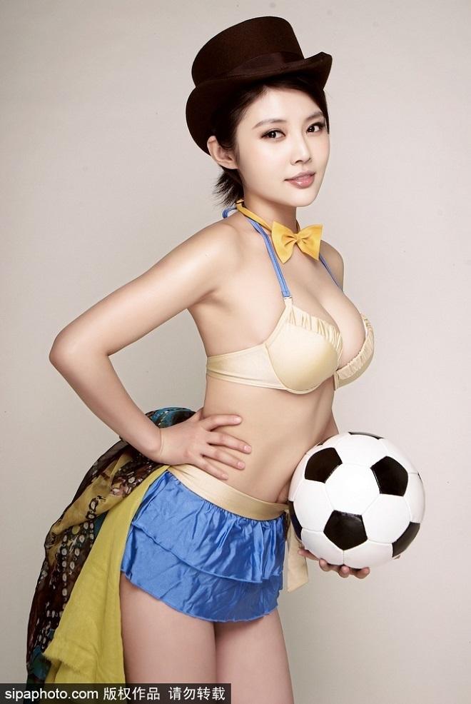 """3 mẫu nữ Trung Quốc bị đồn """"đi khách"""" giá cao, lừa tình đại gia - 2"""
