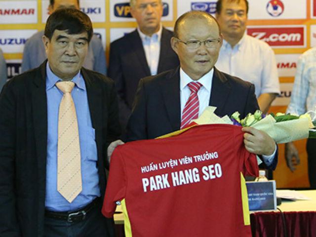 """HLV Park Hang Seo ngồi ghế nóng ĐT Việt Nam: Điều khoản """"bí mật"""" 4"""