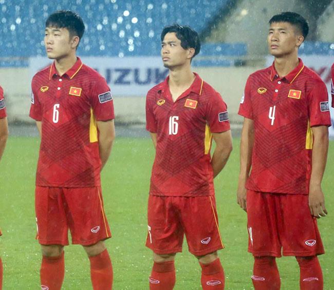 """Công Phượng thắng """"Messi Campuchia"""": Ngập tràn lời khen, đừng quen ảo tưởng - 2"""
