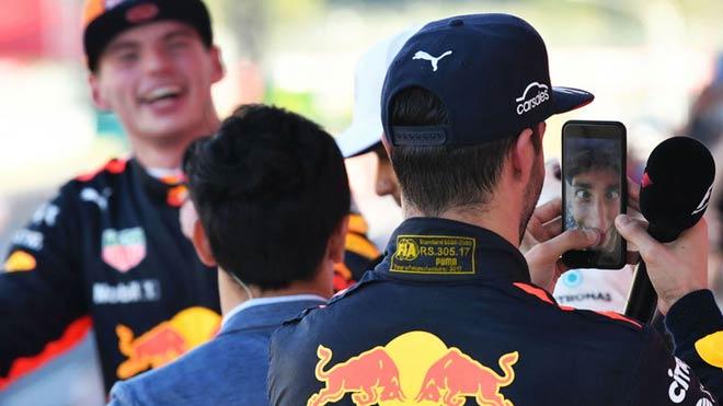 """Đua xe F1: """"Bò húc"""" sống lại thời hoàng kim, hướng đến cuộc đấu tam mã 1"""