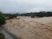 Sập cầu Thia ở Yên Bái, một phóng viên bị cuốn trôi khi đang tác nghiệp