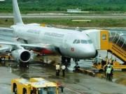 Tin mới nhất vụ máy bay bị sét đánh trúng đuôi ở Nghệ An
