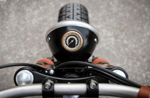 Triumph Bonneville T120 Black độ phong cách bobber khác biệt của Pháp - 7