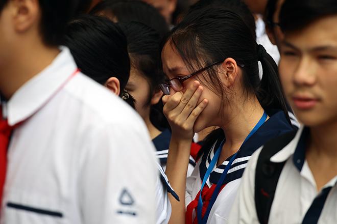 Mưa nước mắt tiễn biệt thầy Văn Như Cương về nơi an nghỉ - 3