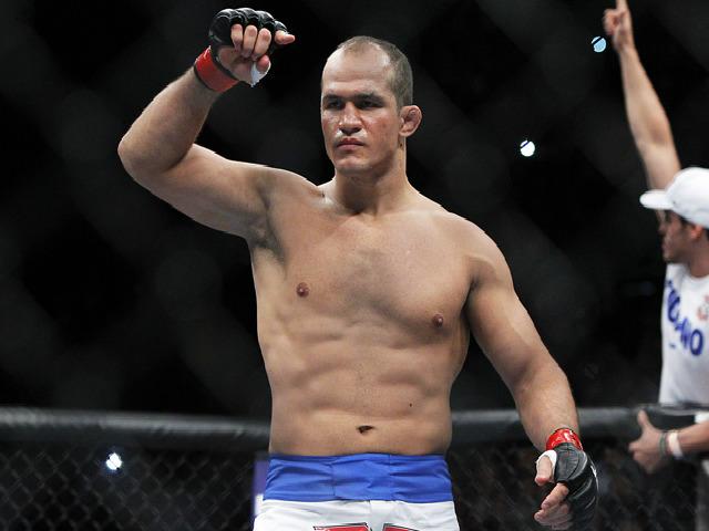 """Tin thể thao HOT 12/10: Võ sĩ UFC """"sững người"""" vì dính doping"""