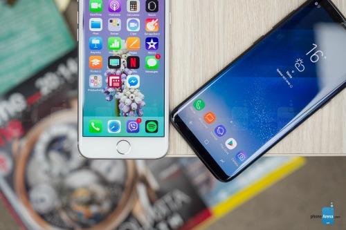 So sánh iPhone 8 với Galaxy S8: Cuộc đua không cân sức - ảnh 5