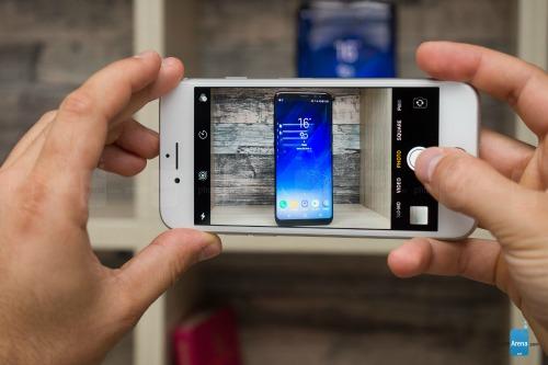 So sánh iPhone 8 với Galaxy S8: Cuộc đua không cân sức - ảnh 9