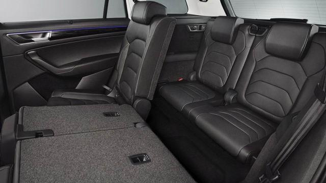Skoda Kodiaq giá 1,1 tỷ đồng cạnh tranh Toyota Fortuner - ảnh 4
