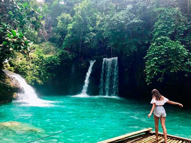 Dạo chơi thác nước đẹp như tiên cảnh ở Philippines - ảnh 4