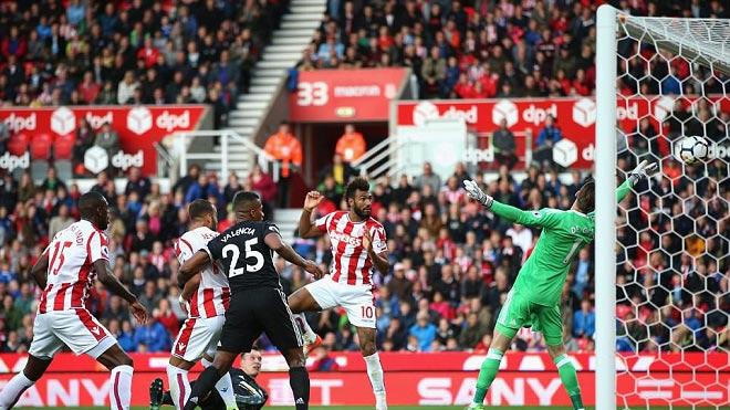 """Ngoại hạng Anh: MU kém Man City 1 bàn, kinh ngạc hơn """"tốc độ phá lưới"""" - 1"""