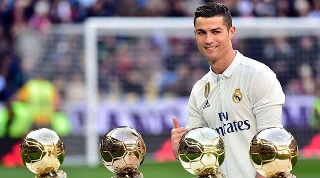 """Ronaldo không giành Bóng vàng là tội ác: Triệu fan gọi tên CR7, """"khinh"""" Messi - 1"""