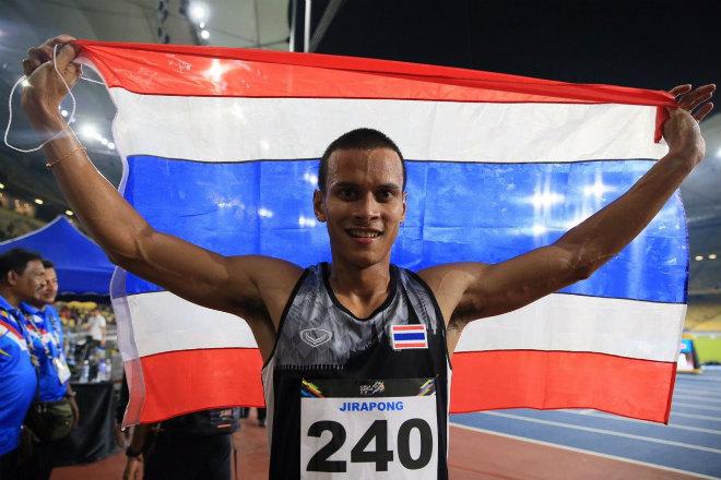"""Cú sốc thể thao: """"Bay đêm, đổi gió"""" SAO Thái Lan gặp hạn lớn 1"""
