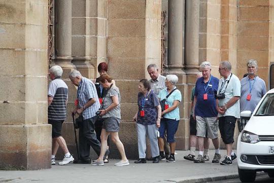 Thu phí du khách: UBND TP HCM phê bình giám đốc Sở Du lịch - 1