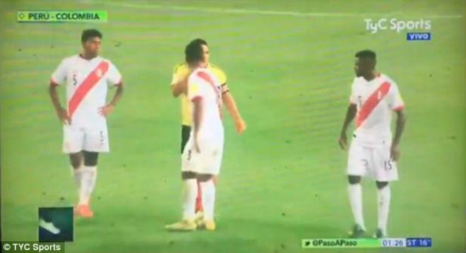 """""""Vết nhơ"""" World Cup: Falcao thừa nhận gạ """"dàn xếp"""", Mỹ tức tưởi bàn thắng ma - 6"""